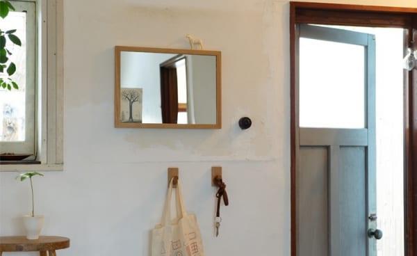 壁にかける家具5