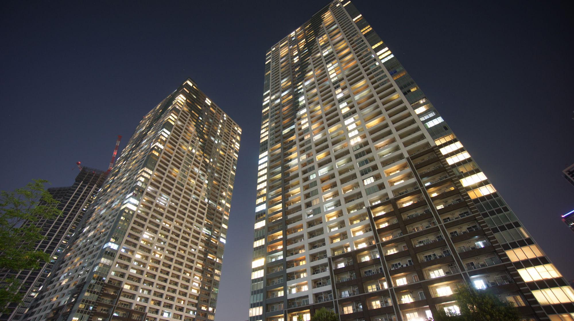 TOKYO TOWERS1