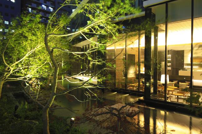 コンフォリア新宿イーストサイドタワー3