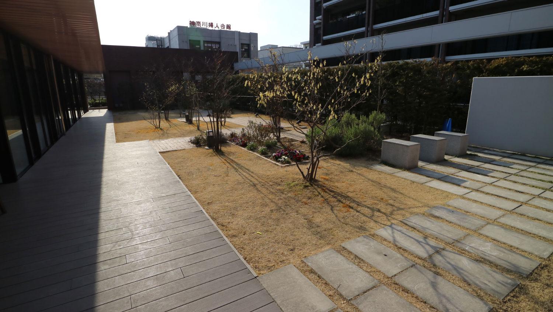 日当たりの良い空中庭園