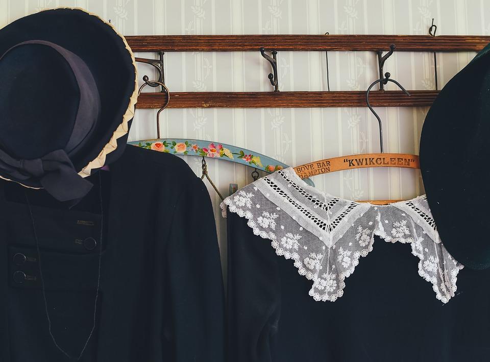 【服をお洒落に収納!】見せる収納ノウハウをご紹介!