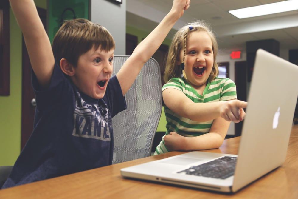 次世代エリートを育成中!?ICT教育を強化する豊島区の教育事情とは
