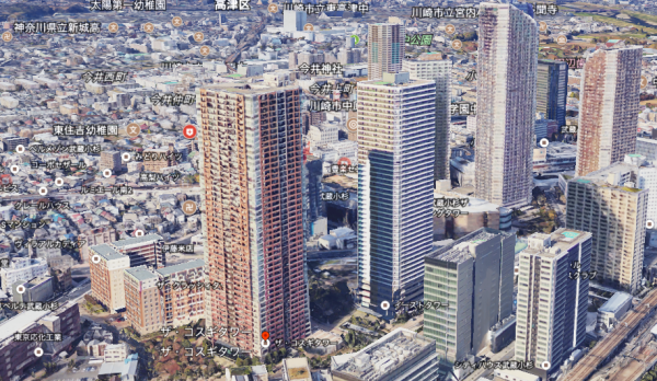 武蔵小杉のタワーマンション群の中にある、ザ・コスギタワーの位置