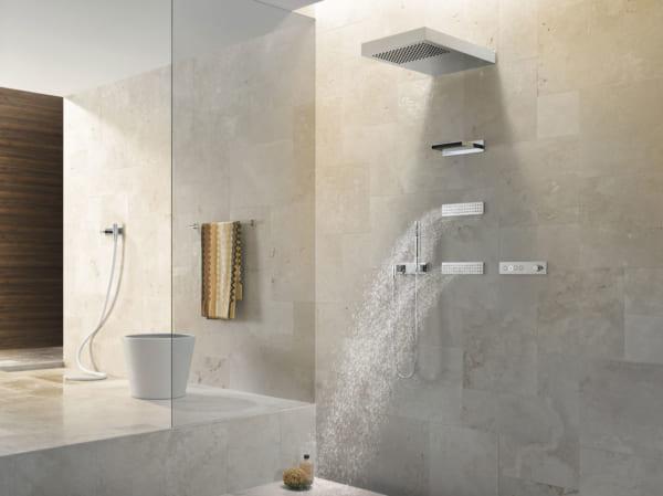 高級シャワーヘッド