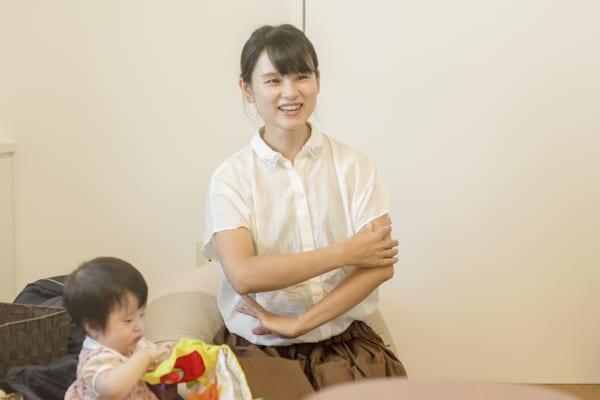 ママボラン取材_06_晩婚化説明する林さん