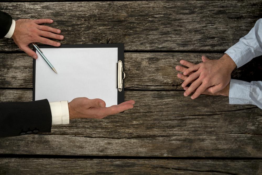 【中古マンション売却】購入希望者の価格交渉にどう対応するべきか?