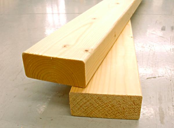 柱用2×4材(2本)