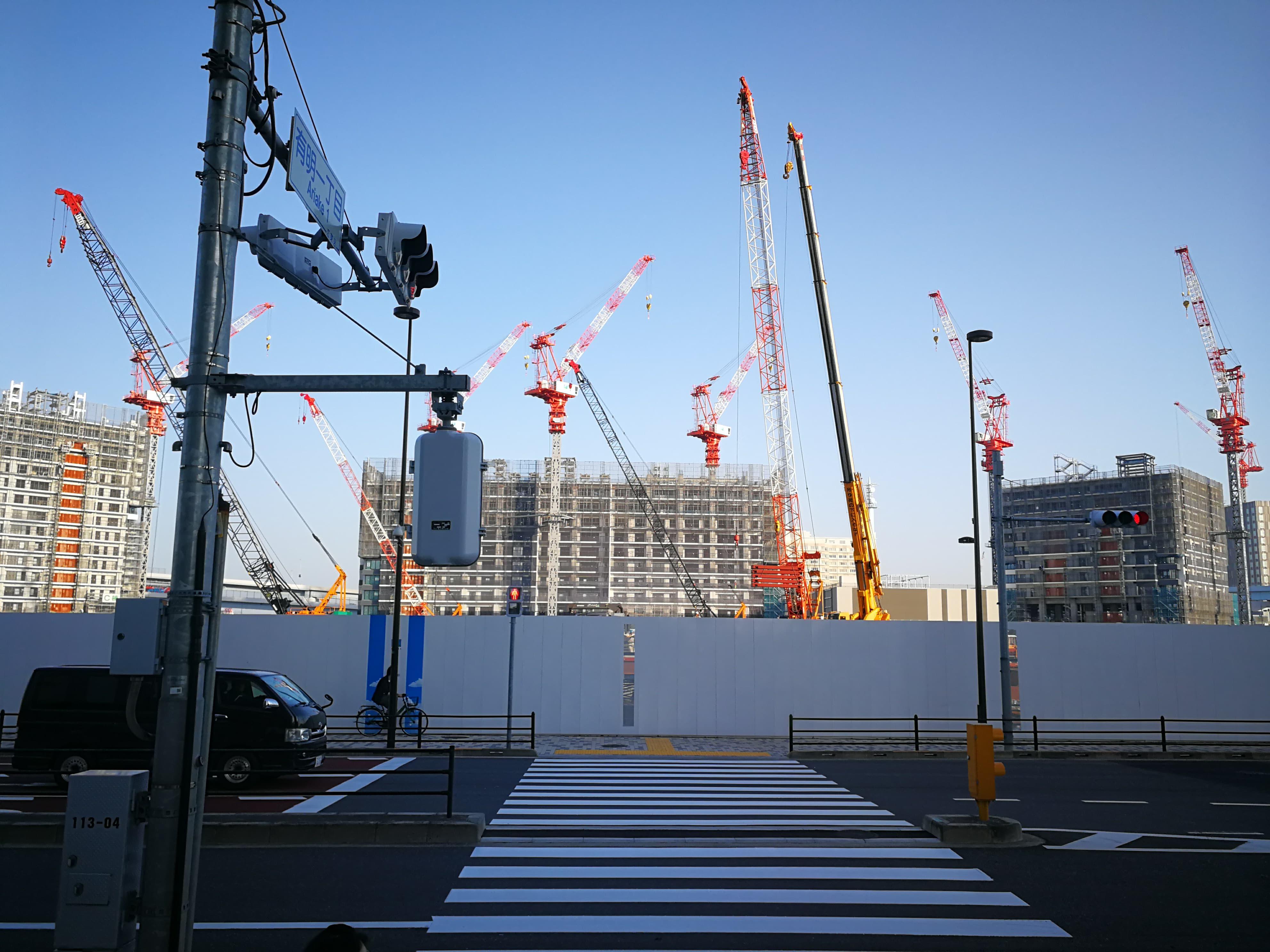 シティタワー有明 建設中のシティタワー東京ベイズを真正面からみて見る