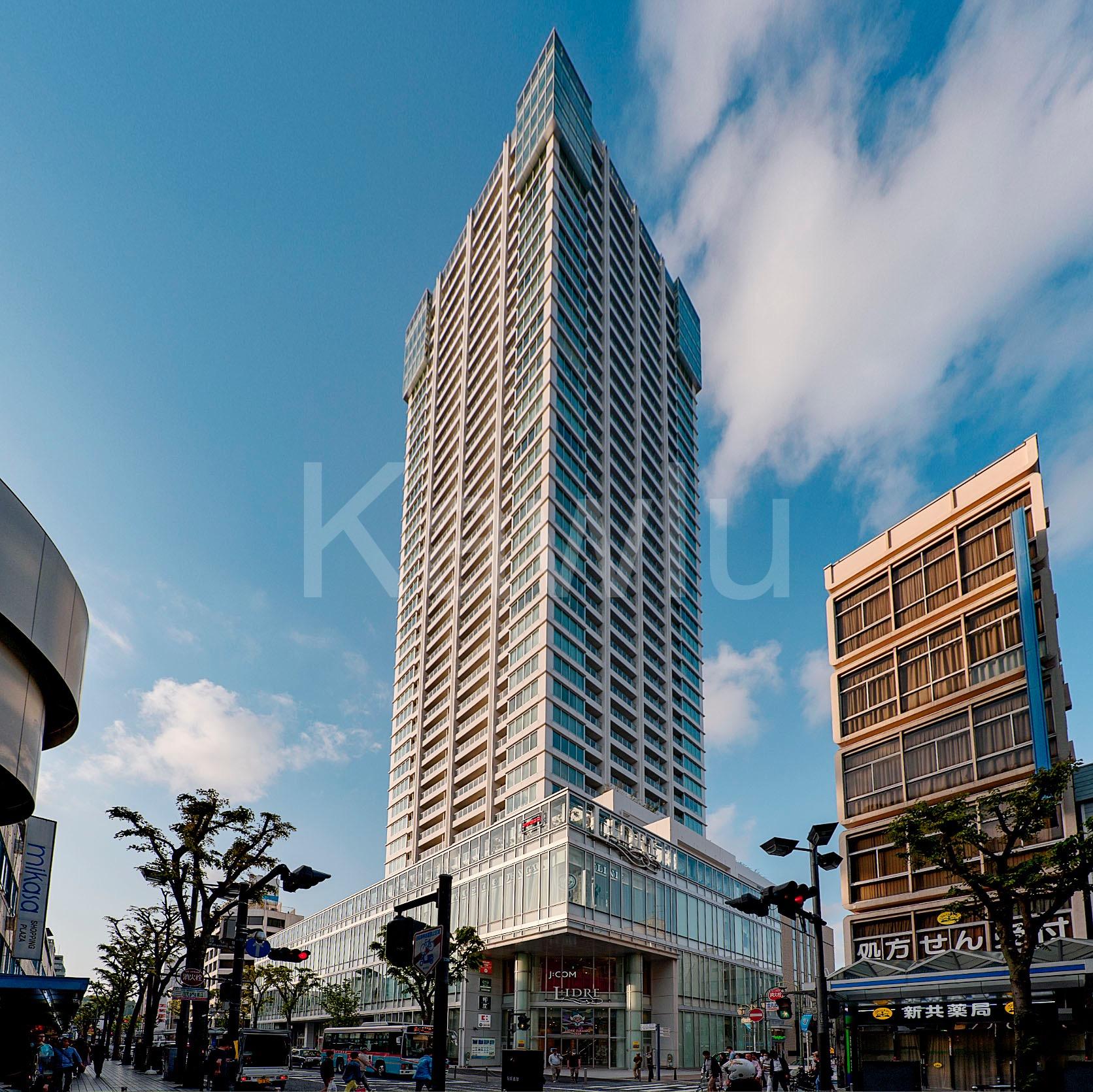 ザタワー横須賀中央は、商業施設が併設された駅近タワーマンション!