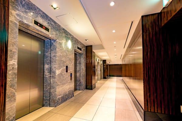 Wコンフォートタワーズ_エレベーター