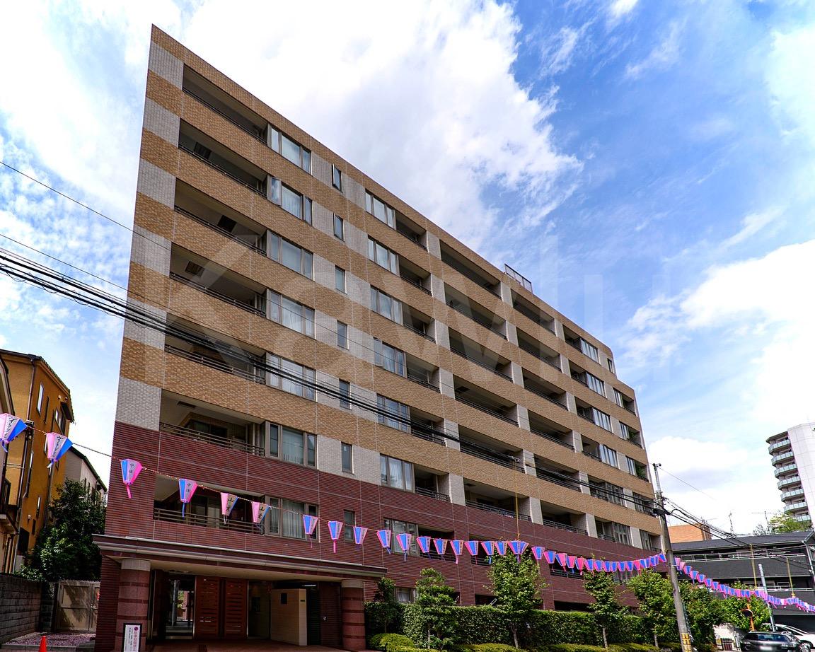 小石川ヒルズは閑静な住宅街に位置するおすすめマンション!